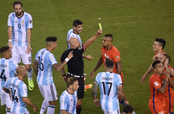 Chile vs. Argentina: final intensa con expulsados [FOTOS]