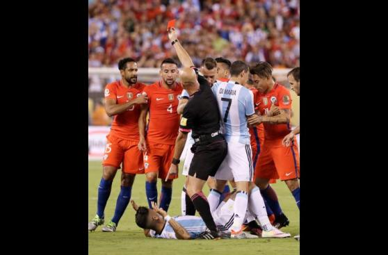 Chile vs. Argentina: final intensa con expulsados [FOTOS]