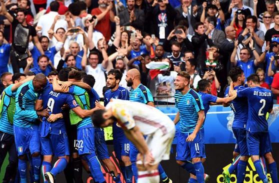Italia y toda la felicidad al cobrarse la revancha ante España