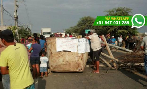Tumbes: paralizaron carretera en demanda de obras de desagüe