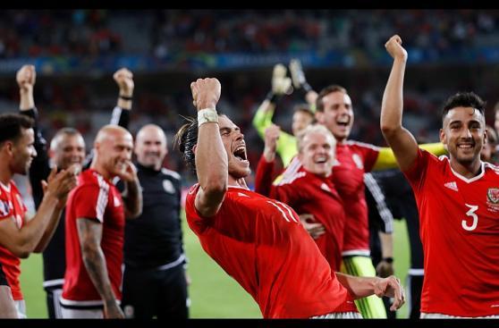 Gareth Bale y una eufórica celebración con todo Gales