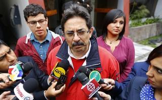 """Enrique Cornejo: """"Las bases y el Perú piden renovación en Apra"""""""