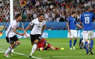 Alemania-Italia: mira el gol de Mesut Özil de zurda [VIDEO]