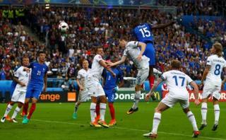 Francia: Paul Pogba anotó el 2-0 con un potente cabezazo