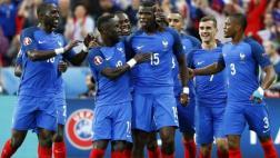 Francia goleó 5-2 a Islandia y jugará semifinales ante Alemania