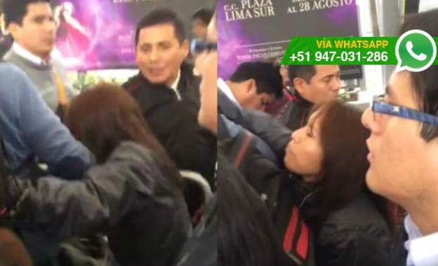 Mujer agredió a pasajero para colarse en fila del Metropolitano