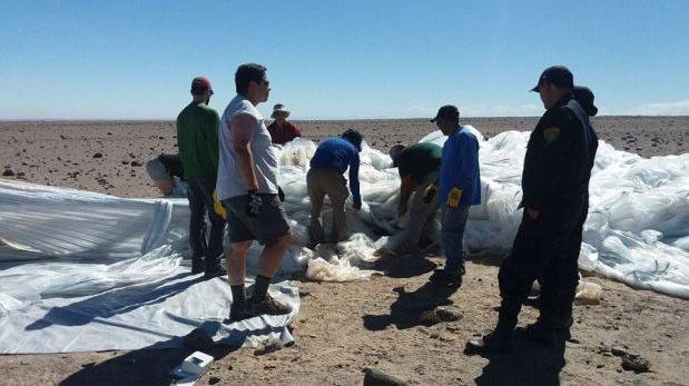 Arequipa: recuperan globo meteorológico de la Nasa en Camaná