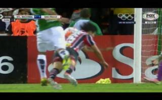 Sao Paulo sufrió claro penal y el árbitro no lo cobró [VIDEO]