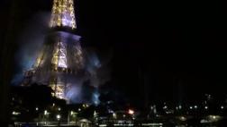 Francia: Alarma por incendio cerca de la Torre Eiffel [VIDEOS]