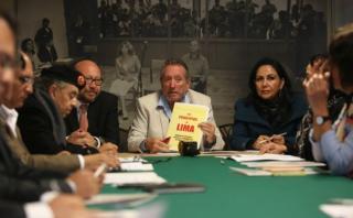 Partido de César Acuña respaldará proyectos sobre transparencia