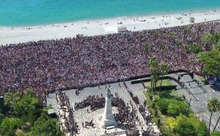 Francia: Masivo minuto de silencio por víctimas de Niza [VIDEO]
