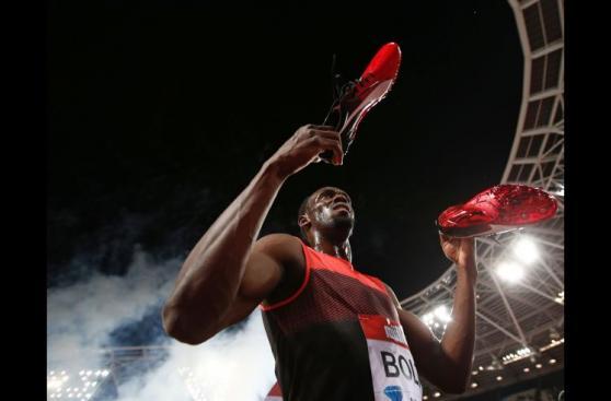 Usain Bolt y las mejores fotos de su triunfo en los 200 metros