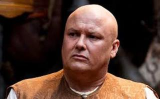 """Game of Thrones"": Así se ve Varys con cabello"