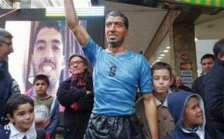 Luis Suárez: inauguran estatua a tamaño real en su ciudad natal