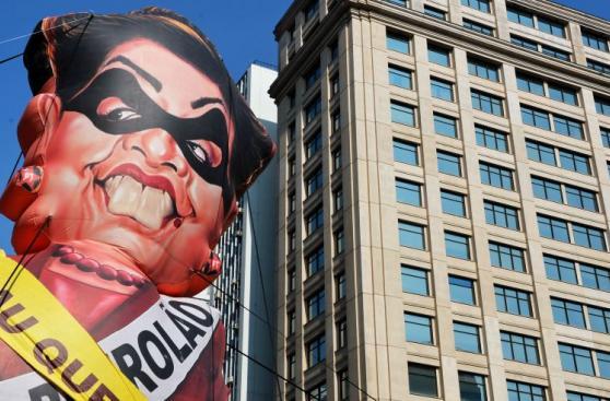 Brasil: Miles protestan a favor y en contra de Dilma Rousseff