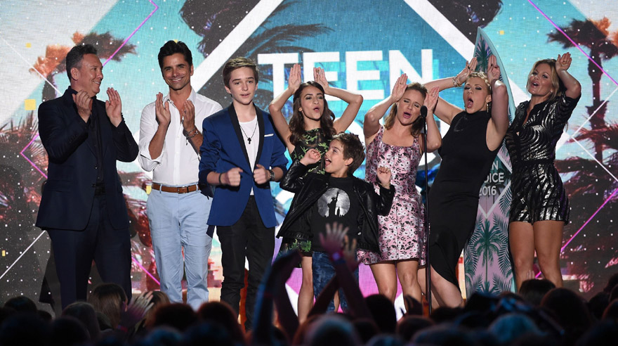 ganadores Teen Choice Awards 2016 - full house