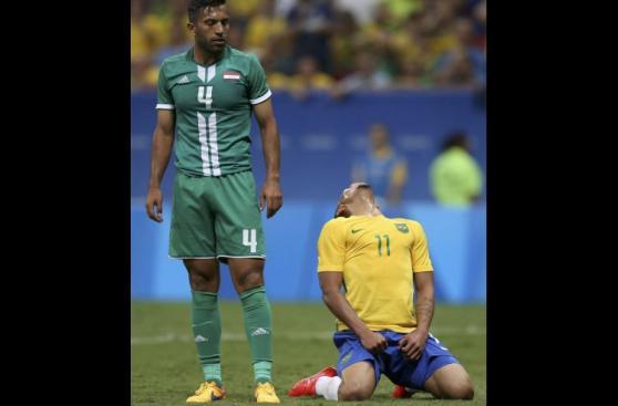 La decepción de Neymar y todo Brasil tras empate ante Iraq