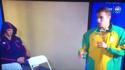 Michael Phelps y su reacción ante baile de nadador sudafricano