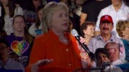 Padre del autor de masacre de Orlando acude a mitin de Clinton