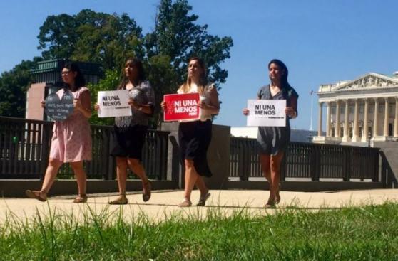 #NiUnaMenos: Peruanos en el mundo se suman a la marcha [FOTOS]