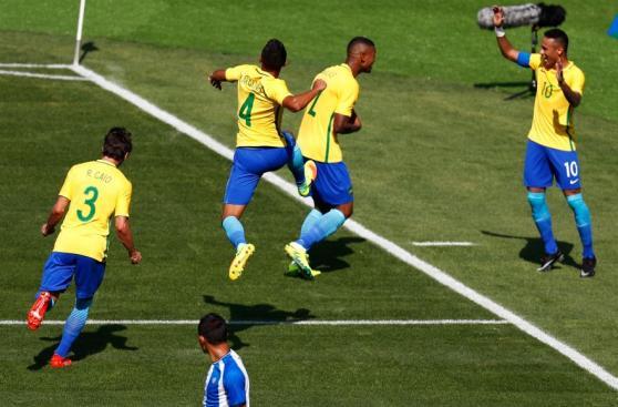 Brasil a un paso del sueño de medalla de oro olímpica en fútbol