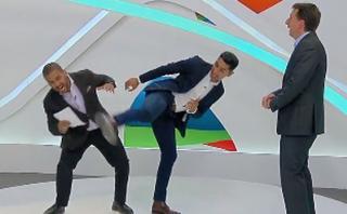 Río 2016: así le patearon la cara a un conductor de FOX Sports