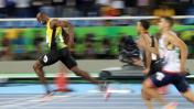 Usain Bolt ganó oro en 200 metros y esta vez no se frenó