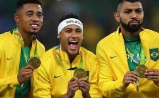 Pelé y Usain Bolt felicitan a Brasil por su oro olímpico