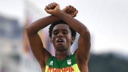 Río 2016: el drama del atleta etíope que ganó medalla de plata