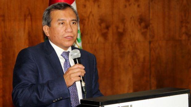 Defensoría del Pueblo: Abad promete modernizar la institución