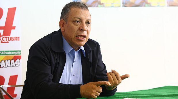 Arana cuestiona eventual designación de Gutiérrez en Defensoría