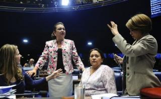 Las mosqueteras, las cuatro senadoras que defienden a Dilma