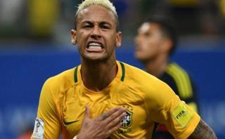 Neymar puso adelante a Brasil ante Colombia con un 'zurdazo'