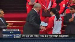 Kuczynski condecoró a peruanos que participaron en Río 2016