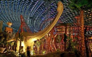 Dinosaurios y personajes de Marvel se lucen en este gran parque