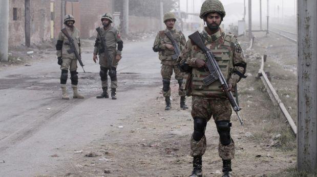 Pakistán: Ataque suicida en mezquita deja al menos 24 muertos