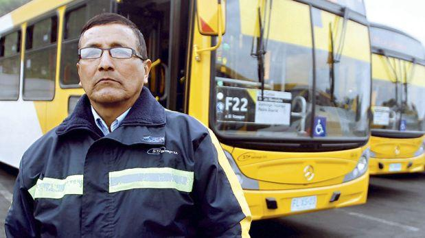 Choferes peruanos son capacitados para trabajar en Transantiago