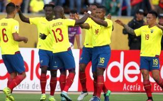 Ecuador goleó 3-0 a Chile y es segundo en las Eliminatorias