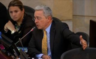 Colombia: Uribe, dispuesto a reunirse con FARC para lograr paz