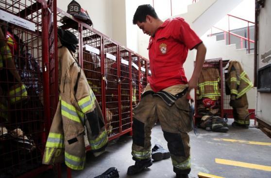 En estas condiciones trabajan los bomberos de Lima [FOTOS]