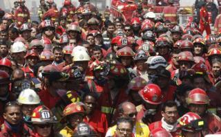 Empresa plantea mecanismo para dar seguro a bomberos