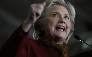 El otro gran reto de Clinton: Ganar la mayoría en el Congreso