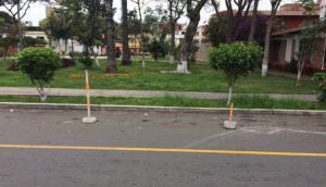 San Miguel: vecino se adueña de pista para usarla como parqueo