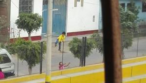Ate: niños deben trepar por rejas para entrar a loza deportiva