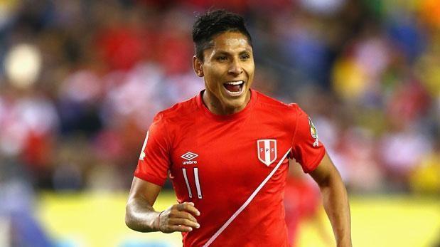"Raúl Ruidíaz llegó a Lima: ""Tenemos que sacar los seis puntos"""