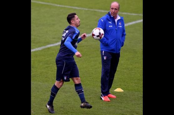 Gianluca Lapadula y su felicidad en primera práctica con Italia
