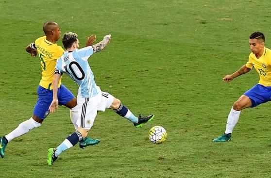 Brasil vs Argentina: Así se juega el clásico con Messi y Neymar