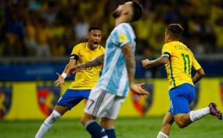La frustración de Mariano Closs durante el partido con Brasil