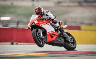 Averigua por qué es especial la Ducati 1299 Superleggera