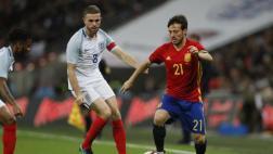 España empató 2-2 sobre el final ante Inglaterra en amistoso
